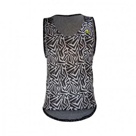 Playera de Hombre TriFerrari 3F Skater Gris con Doble Composición DryFIT Costuras Planas Sin Mangas y Cuello Escotado-Negro - En